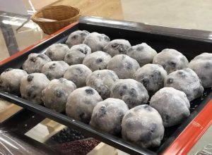 ちよじ屋の一番人気「豆大福」