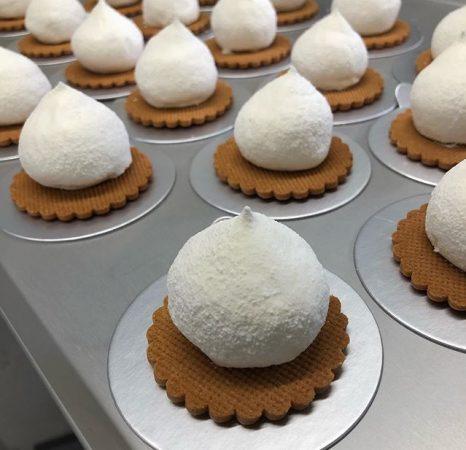 廣川菓子製作所のレアチーズ