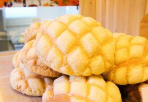 モコズベーカリーのメロンンパン
