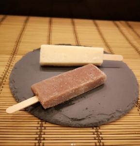 わらびもち屋 札幌新月堂 の豆乳わらびもちアイス