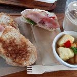 【あるうのぱいん】美瑛の自然の中にあるカフェで絶品チーズフォンデュを楽しめる!